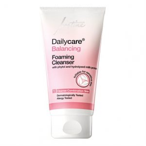 Dailycare Balancing Foaming Cleanser